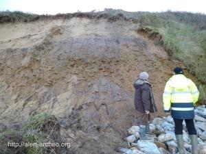 Erosion de la falaise par les eaux de ruissellement